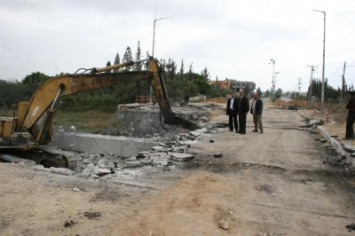 بلدية بيت حانون تشرع بتنفيذ أعمال مشروع صيانة وتأهيل جسر بيت حانون
