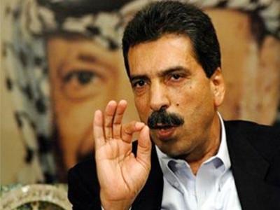 """مرض غامض يصيب اللواء """"الطيراوي"""" رئيس لجنة التحقيق في استشهاد الرئيس عرفات"""