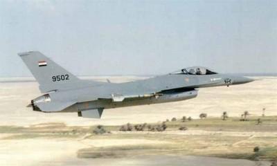 بالفيديو: طيار مصري يُرعب اسطول جو اسرائيل