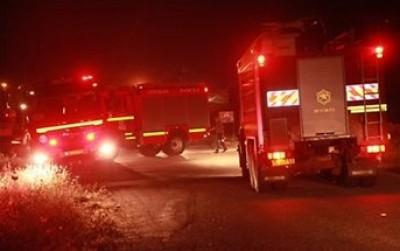 طاقم اطفاء للسيطرة حريق هائل 9998378922.jpg