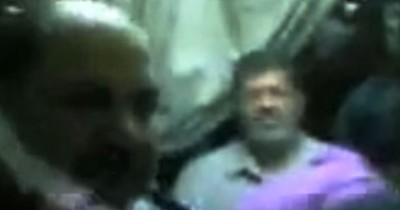 """""""مرسي"""" في السجن مع نجله .. فيديو"""