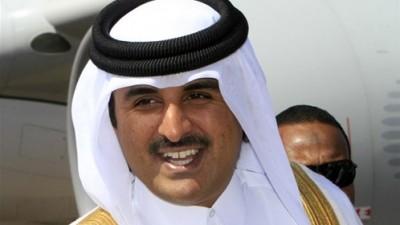 امير قطر يتنازل لابنه تميم ومراقبون يؤكدون أنه انقلاب عسكري بمساعدة مجموعة كبار ضباط الجيش