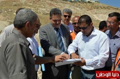 وزير الاشغال يتفقد طريق وادي النار وطريق وادي الجير
