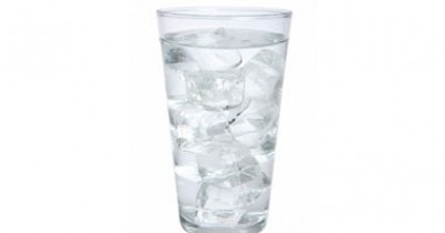 اشرب الماء نهار رمضان تفطر 9998394240.jpg