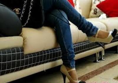 احذري وضعية الجلوس ووضع الساق 9998400086.jpg