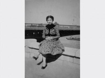 """عودة للزمن الجميل.. الصحفية فاطمة ناعوت تدعم حملة """"هنلبس فساتين"""""""