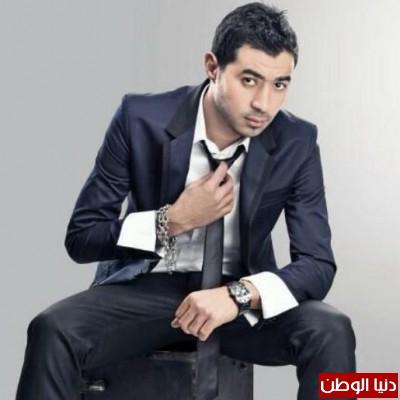 """الفنان احمد باتشان يغني لمصر """"ايه يا مصر مالك"""" لدعم الاستقرار"""