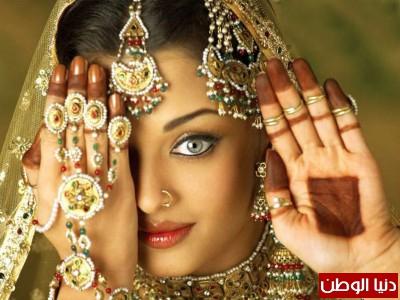 """"""" الجمال الهندي """" يتربع على العالمية 7 مرات .. تعرف على  هنديات أٌخترن كملكات لجمال العالم"""