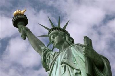 تمثال الحرية من صنعه ولماذا وضع في نيويورك الحكاية كاملة