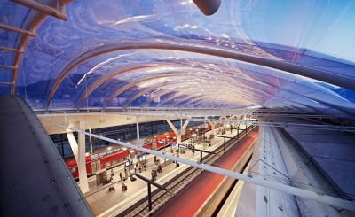 صور ومعلومات عن محطة سكك حديد اوستيريا سالزبيرج عالم من الحداثة المعمارية 9998421960.jpg