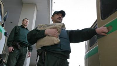 سيارة لنقل النقود بطرسبورغ تتعرض لهجوم وسرقة ملايين 9998422205.jpg