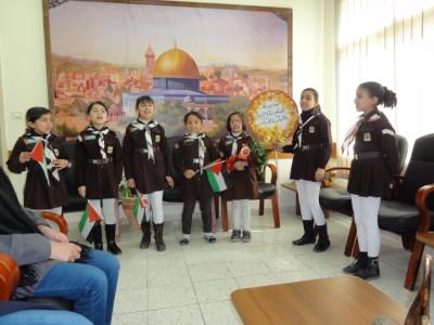 صيحات كشفية في زيارة زهرات مدرسة بنات خريشة . س لمديرية تربية طولكرم