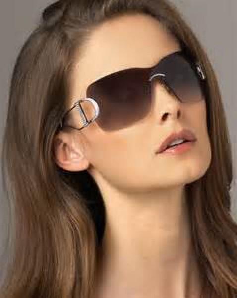 f8c6370ea اختاري النظارة الشمسية التي تناسب وجهك | دنيا الوطن
