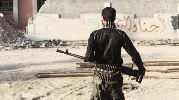 """(الخاصرة الرخوة) للتجاذبات الاقليمية : القصف الاسرائيلي على """"سوريا"""" و """"حزب الله"""" .. ماذا بعد !؟"""