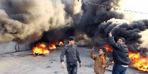 بالفيديو ..مقتل 4 واصيب 20 آخرون برصاص ميليشيا خلال مظاهرة في بنغازي الليبية