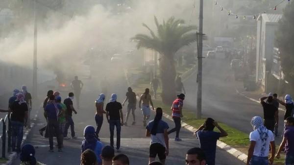 صور وفيديو:الداخل ينتفض.. اشتباكات ومواجهات في عرعرة والناصرة.. اصابة شرطيين اسرائيليين.. متابعة