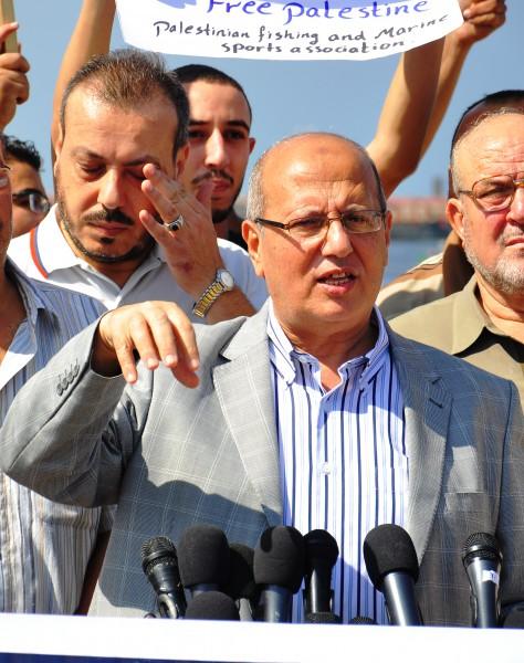 الخضري: مبادرات رفع الحصار عن القطاع غير كافية