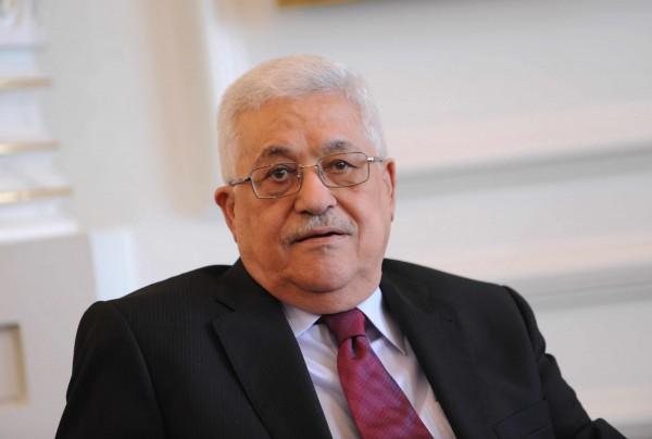 الرئيس يعزي رئيس الإمارات ونائبه بشهداء الإمارات في اليمن