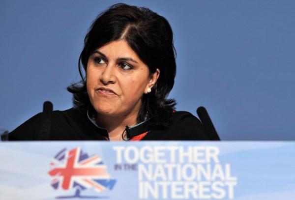 وزيرة بريطانية تستقيل احتجاجًا على مأساة غزة