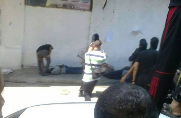 شاهد صور اعدام 7 عملاء قرب مسجد العمري