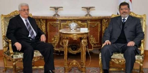 بالفيديو ..  أبو مازن يضع مرسي تحت مشنقة الإعدام : مرسي عرض علي اقامة دولة في سيناء وترحيل المصريين