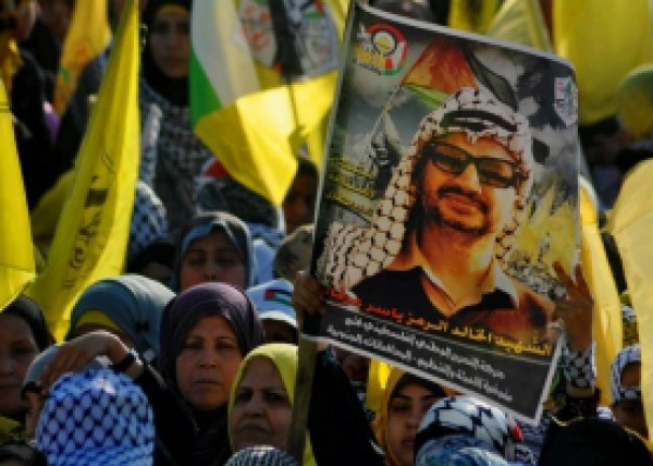 """ابو شهلا: فتح ستحيي الذكرى العاشرة لاستشهاد عرفات بمهرجان """"ضخم"""" بغزة"""