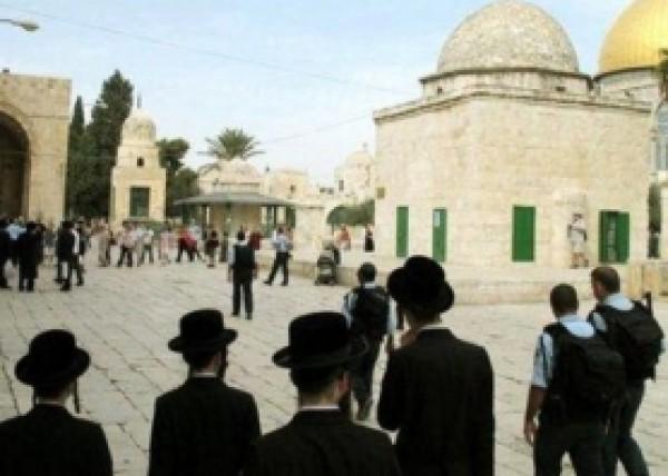 مناشدة للأردن بالتدخل… اسرائيل تتجاوز صلاحيات الاوقاف وتسيطر على ابواب الاقصى