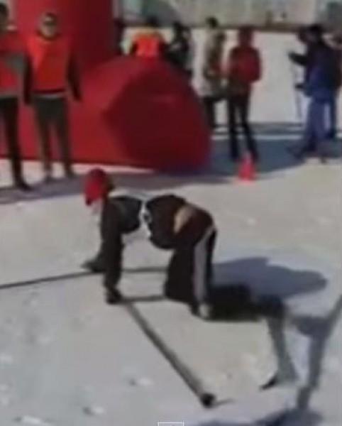 متزلجة تفشل في آخر الامتار للوصول إلى النهاية