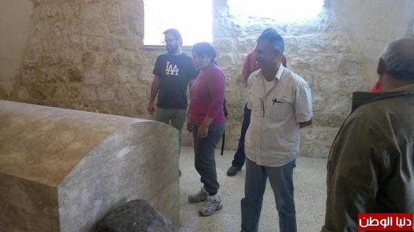 """""""قبر النبي يوسف"""" بين الروايات الدينية والمعتقدات المحلية .مؤرخ:لا يوجد نبي والمقام لشيخ فلسطيني..صور"""