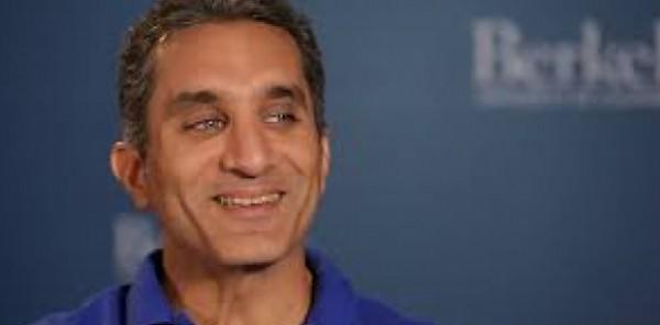 باسم يوسف : أمن أسرتى وسلامتهم أهم من البرنامج