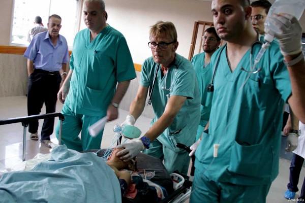 إسرائيل  تمنع طبيبًا نرويجيًا من دخول غزة نهائيًا   دنيا الوطن