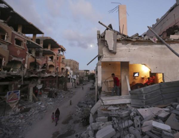 """غزة إلى أين؟… """"الانفجار أم الإنفتاح"""" وما هي خيارات حماس الصعبة للمرحلة المقبلة؟"""