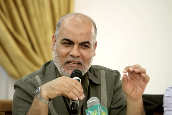 يحيى موسى يكشف لدنيا الوطن مغزى زيارة حماس لإيران وجهود لرأب الصدع مع حركة فتح