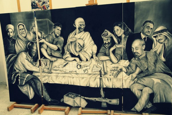 أكبر لوحة تشكيلية مرسومه بالفحم النباتى على مستوى فلسطين