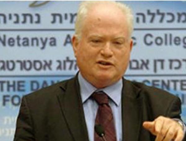 غلعاد يزعم: حماس غير معنية بالتصعيد في غزة وصراعاتها مع السلطة تؤخر الاعمار