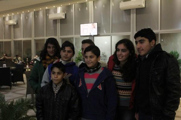 بالفيديو والصور: أطفال من غزة يبكون لجنة تحكيم  اراب جوت تالنت  وينتزعون الباز الذهبي   دنيا الوطن