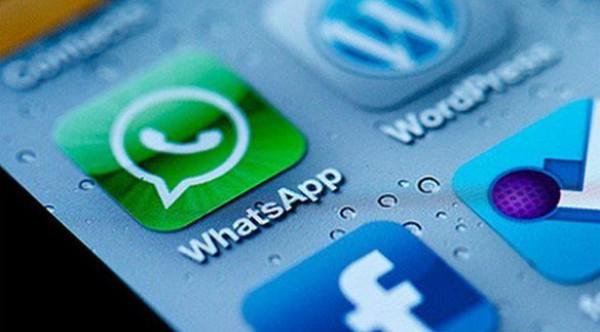 سبب حرمان مستخدمي آي فون من استخدام واتس اب عبر الكمبيوتر