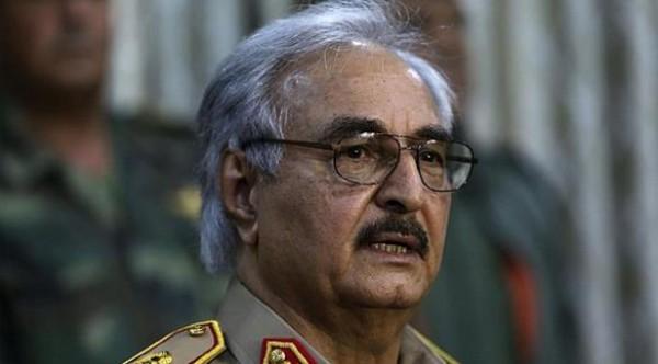 حفتر: نؤيد التدخل العسكري المصري في ليبيا