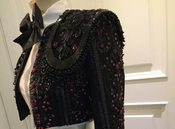 مادونا بأزياء المصمم اللبناني نيكولا جبران