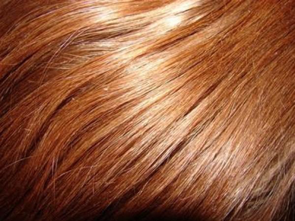 نصائح المصفف أسغار لحماية شعرك من مواد الصبغة