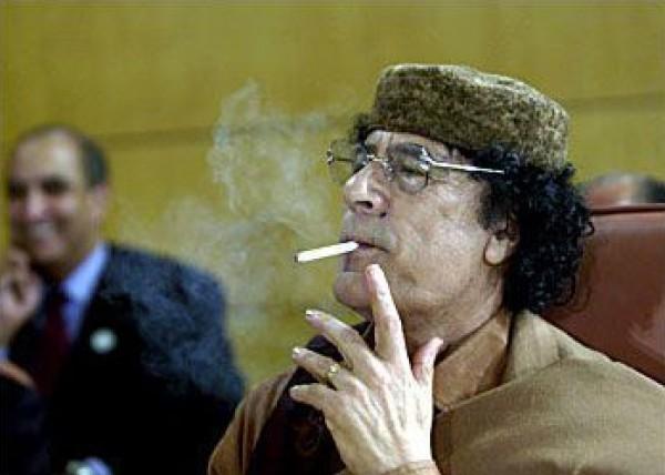 من خناقات القمة العربية.. عندما قال الملك السعودي للقذافي لا تتطاول على أسيادك