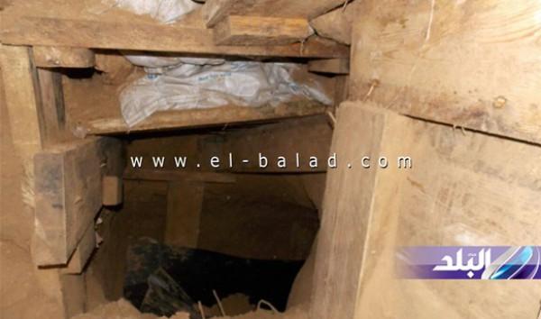 """ضم فناء 3 منازل.. مصر تعلن اكتشاف """"أكبر"""" نفق حفر بين مصر و قطاع غزة"""