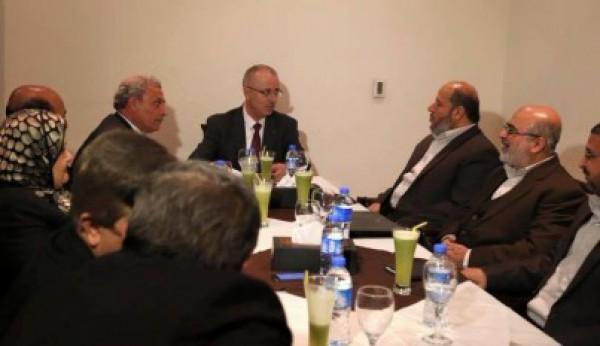 في هذه الأثناء ..لجنة الحل النهائي تعقد ثاني إجتماعاتها لبحث ملف موظفي غزة وإعادة الإعمار