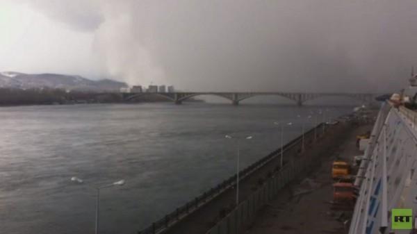 فيديو.. إعصار ثلجي يحجب الرؤية خلال ثوان