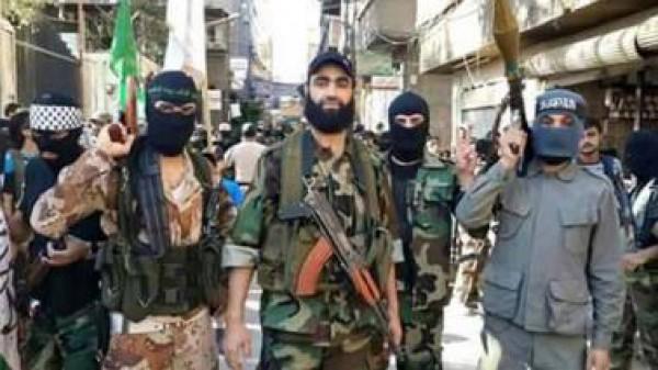 """من هي """"أكناف بيت المقدس"""" ولماذا اجتاحت """"داعش"""" مخيم اليرموك ؟"""
