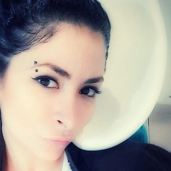 ديما بياعة بفستان جريء في حفل دبي