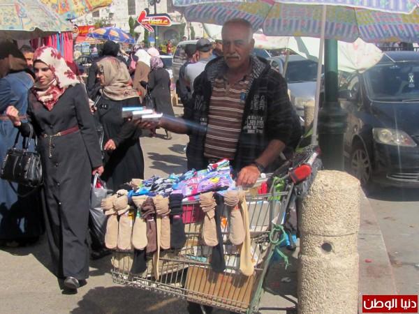 صور- المقدم أبو غربية يوضح الأهداف والبدائل.. قرار تنظيم عملية السير بنابلس يثير مخاوف أصحاب البسطات