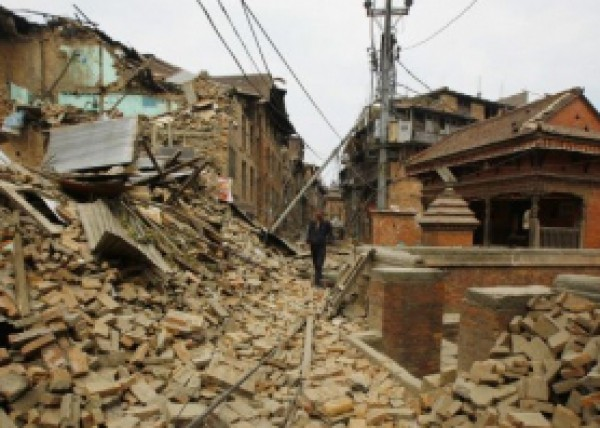 """تحدث كل 80 عاماً.. بحث اسرائيلي خطير: """"اسرائيل"""" ستتعرض الى زلزال مدمر ومشاهد """"النيبال"""" ستتكرر هنا"""