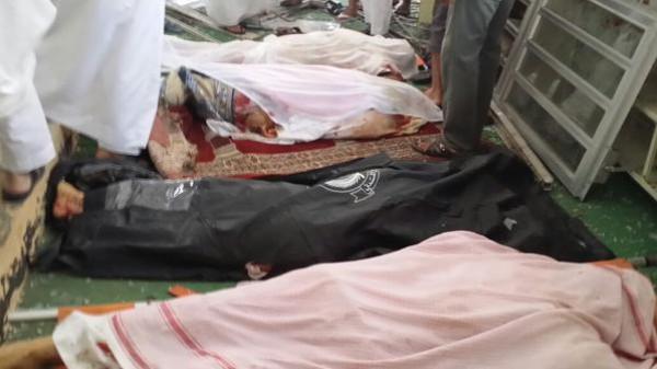 فيديو - داعش تتبنى العملية.. 119 قتيل وجريح بتفجير انتحاري باحد مساجد السعودية