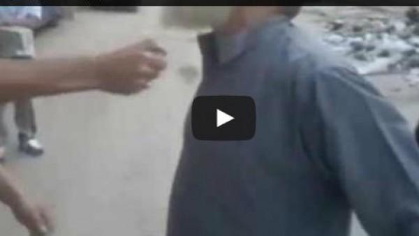 مصر - وزير الداخلية يأمر بفحص فيديو لشابين يحرقان لحية مسن بحلوان